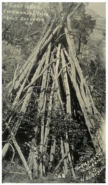 customs-burial-tipi