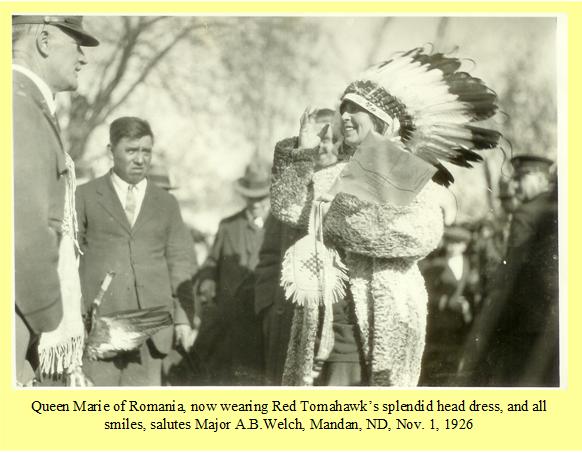 queen-marie-2-Queen-Marie-of-Romania-salutes-Major-Welch-Nov-1-1926